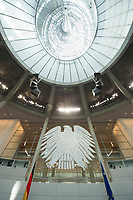 17 OCT 2013, BERLIN/GERMANY:<br /> Bundesadler, Flaggen und Kuppel, Plenum, Deutscher Bundestag<br /> IMAGE: 20131017-01-004<br /> KEYWORDS: Plenarsaal