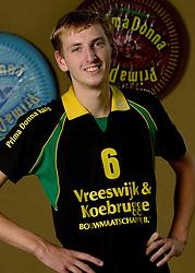 09-10-2013 VOLLEYBAL: PRIMA DONNA KAAS MANNEN: HUIZEN <br /> 2e divisie C PDK Huizen seizoen 2013-2014 / Erik ten Asbroek<br /> ©2013-FotoHoogendoorn.nl