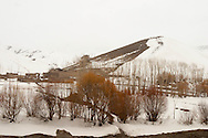 Afghanistan. FROM KABUL TO GARDEZ IN  PAKTIA PROVINCE  IN WINTER  PAKTIA PROVINCE     / DEPUIS KABOUL SUR LA ROUTE DU PAKTIA ET GARDEZ , EN HIVER  PAKTIA PROVINCE    / L0009844