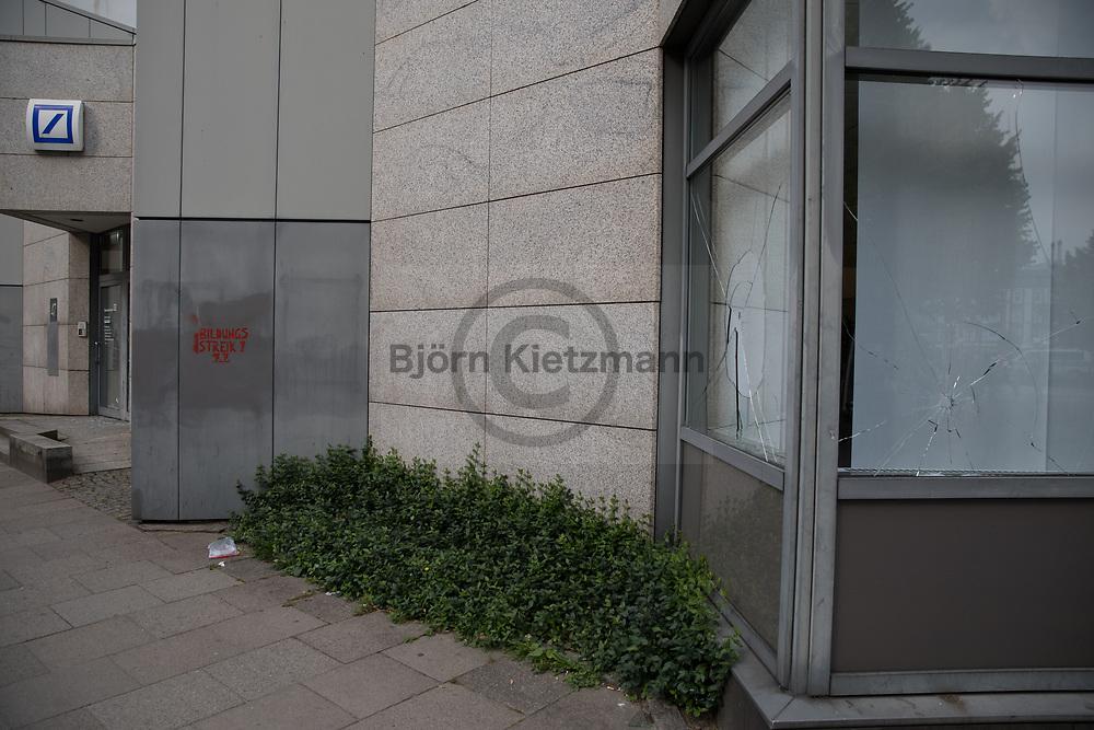 Hamburg, Germany - 07.07.2017<br /> <br /> Smashed windows in Hamburg-Altona. No G20 Protests in Hamburg<br /> <br /> Eingeworfene Scheiben in Hamburg Altona. Anti G20-Proteste in Hamburg.<br /> <br /> Photo: Bjoern Kietzmann