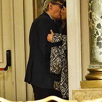 Il bacio di Vittorio Sgarbi
