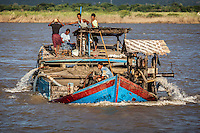 Life along the Irrawaddy River between Mandalay & Bagan, Burma.
