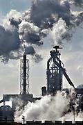 Nederland, Velsen, 26-2-2013Beverwijk, IJmuiden, Wijk aan zeeCorus, hoogovens. Metaalindustie, staalproductie, staalproduktie, zware industrie, vraag en aanbod staal op wereldmarkt, smelterij, luchtvervuiling, luchtverontreiniging, milieu, milieuvervuiling, luchtkwaliteit, stof, stofdeeltjes, economie, british steel, fusie, werkgelegenheidFoto: Flip Franssen