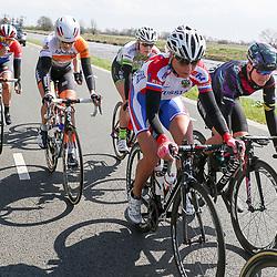 16-04-2016: Wielrennen: IJsseldelta Topcompetitie vrouwen: Zwolle<br />ZWOLLE (NED) wielrennen <br />Wind was in deze editie de grootste tegenstanders van de vrouwen.<br />Team Russia Olga Zabelinskaia