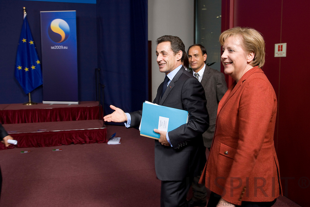 BRUSSELS - BELGIUM - 10 DECEMBER 2009 --  EU summit -- The French President Nicolas Sarkozy and the German Chancellor Angela Merkel. PHOTO: ERIK LUNTANG