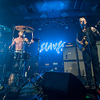 Glasgow, Scotland, UK. 8th November, 2018. Slaves, in concert at The Barrowlands Ballroom Glasgow, UK. Credit: Stuart Westwood/Alamy Live News