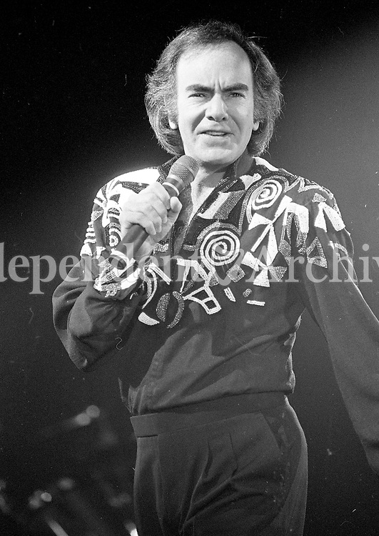 Neil Diamond in Concert at the RDS, Dublin, 13/10/1989 (Part of the Independent Newspapers Ireland/NLI Collection).
