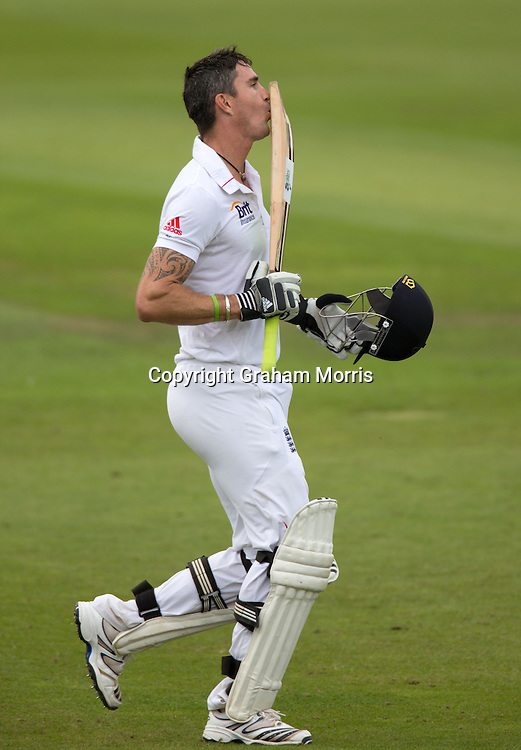 Kevin Pietersen celebrates his century by blowing a kiss to his wife in the crowd during the second Investec Test Match Day 3   between England and South Africa at Headingley, Leeds. Photo: Graham Morris (Tel: +44(0)20 8969 4192 Email: sales@cricketpix.com) 04/08/12