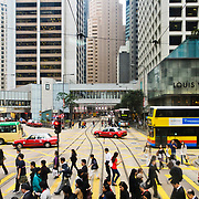 Rush hour at crossing of Pedder St., Chater Road and Des Voeux Road, Central, Hong Kong Island, Hong Kong, China, East Asia