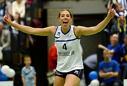 13-04-2013 VOLLEYBAL: SLIEDRECHT SPORT - SV DYNAMO APELDOORN: SLIEDRECHT<br /> Sliedrecht Sport pakt de eerste kans in eigen huis en is opnieuw Nederlands kampioen / Rianne Lantinga<br /> &copy;2013-FotoHoogendoorn.nl
