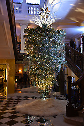 Atmosphere at reception to celebrate the launch of the Claridge's Christmas Tree 2017 at Claridge's Hotel, Brook Street, London England. 28 November 2017.<br /> Photo by Dominic O'Neill/SilverHub 0203 174 1069 sales@silverhubmedia.com