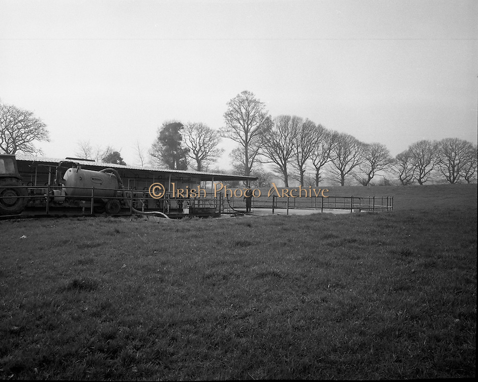 Slurry Disposal at Fermoy.    (G51).1974..28.03.1974..03.28.1974..28th March 1974..Pictured at Moorepark,Fermoy,Co Cork a prototype muck spreader and slurry disposal system was on show. It displayed a safe and secure way of disposing of slurry with regard to the ground water in any given area. This system was backed by the ESB.