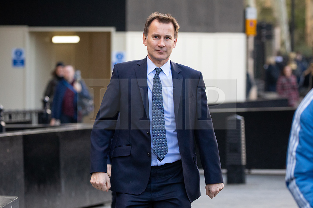 © Licensed to London News Pictures. 03/04/2019. London, UK. Foreign and Commonwealth Secretary Jeremy Hunt walking through Westminster. Yesterday evening British Prime Minister Theresa May made a statement in Downing Street offering to go into talks with Leader of the Labour Party Jeremy Corbyn, following the announcement of a request for an extension to article 50, thereby delaying Britain leaving the European Union. Photo credit : Tom Nicholson/LNP