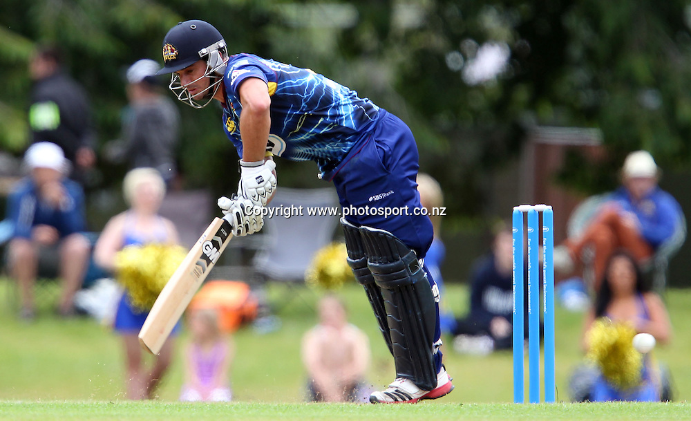 Ryan ten Doeschate of the Volts hits out.<br /> Twenty20 Cricket - HRV Cup, Otago Volts v Central Stags, 6 January 2013, University Oval, Dunedin, New Zealand.<br /> Photo: Rob Jefferies / photosport.co.nz