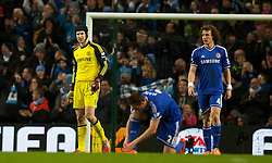 15.02.2014, Etihad Stadion, Manchester, ESP, FA Cup, Manchester City vs FC Chelsea, Achtelfinale, im Bild Chelsea's goalkeeper Petr Cech and David Luiz look dejected as Manchester City score the second goal // during the English FA Cup Round of last 16 Match between Manchester City and FC Chelsea at the Etihad Stadion in Manchester, Great Britain on 2014/02/15. EXPA Pictures © 2014, PhotoCredit: EXPA/ Propagandaphoto/ David Rawcliffe<br /> <br /> *****ATTENTION - OUT of ENG, GBR*****