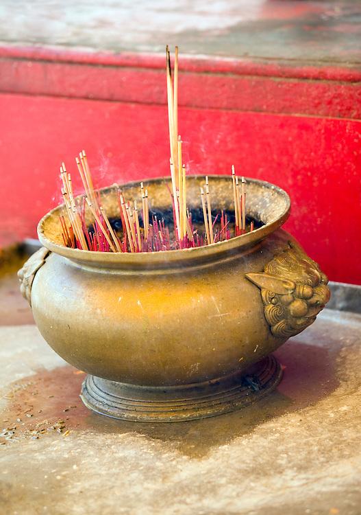 Incense burning Wat Intharawihan Bangkok Thailand&amp;#xA;<br />