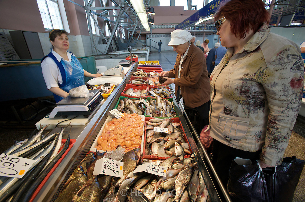 Central Market. Fresh fish and fish eggs.