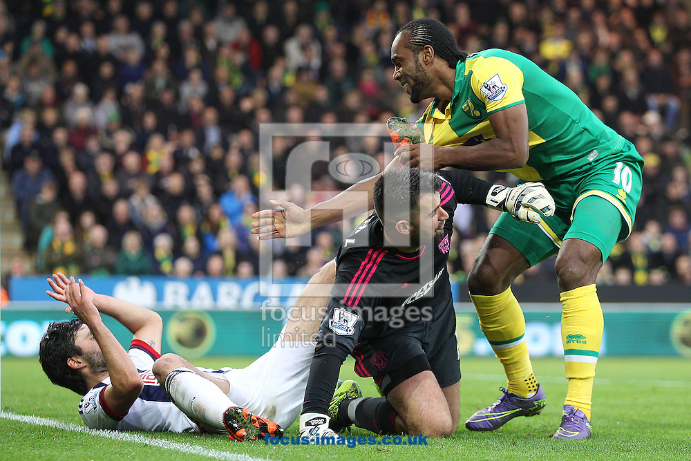 Cameron Jerome of Norwich and Boaz Myhill of West Bromwich Albion share a joke during the Barclays Premier League match at Carrow Road, Norwich<br /> Picture by Paul Chesterton/Focus Images Ltd +44 7904 640267<br /> 24/10/2015