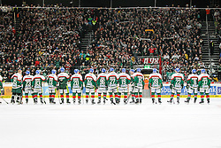 12.12.2014, Curt Fenzel Stadion, Augsburg, GER, DEL, Augsburger Panther vs Koelner Haie, 26. Runde, im Bild Schlussjubel der Augsburger Panther, Fans (Augsburger Panther) // during Germans DEL Icehockey League 26th round match between Augsburger Panther vs Koelner Haie at the Curt Fenzel Stadion in Augsburg, Germany on 2014/12/12. EXPA Pictures © 2014, PhotoCredit: EXPA/ Eibner-Pressefoto/ Kolbert<br /> <br /> *****ATTENTION - OUT of GER*****