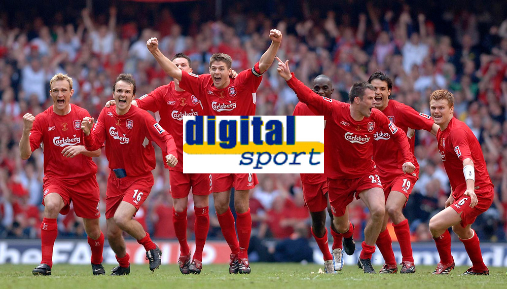 Photo: Daniel Hambury.<br />Liverpool v West Ham United. The FA Cup Final. 13/05/2006.<br />Liverpool's team celebrate winning the cup.