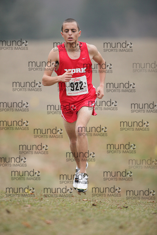 King City, Ontario ---09-11-15--- Raphael Waknine of the Unattached competes at the Athletics Ontario Cross Country Championships in King City, Ontario, November 16, 2009..GEOFF ROBINS Mundo Sport Images