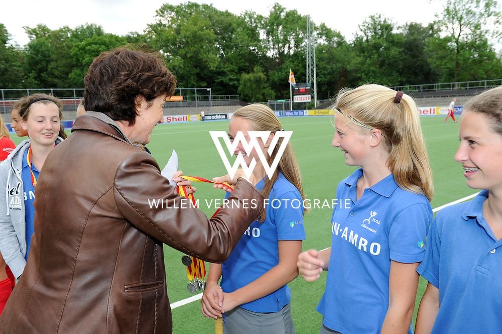 hockey, seizoen 2010-2011, 10-06-2011, amstelveen, Finale Nationale Shell Schoolhockeycompetitie 2011, Meisjes Jong Willem de Zwijger College Bussum - SG WereDi Valkenswaard 2-0, SG WereDi Valkenswaard