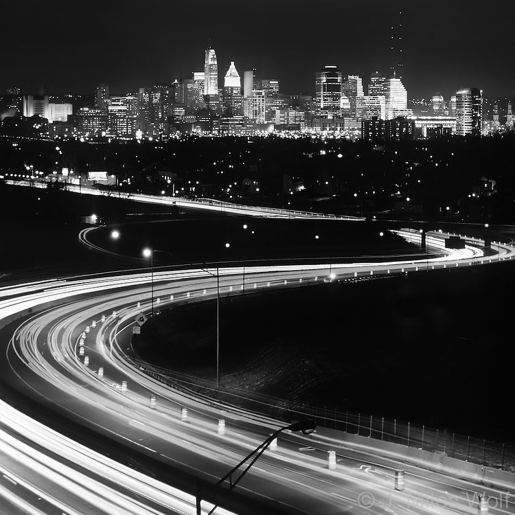 Black and White Cincinnati, S Curve Cut in the Hill