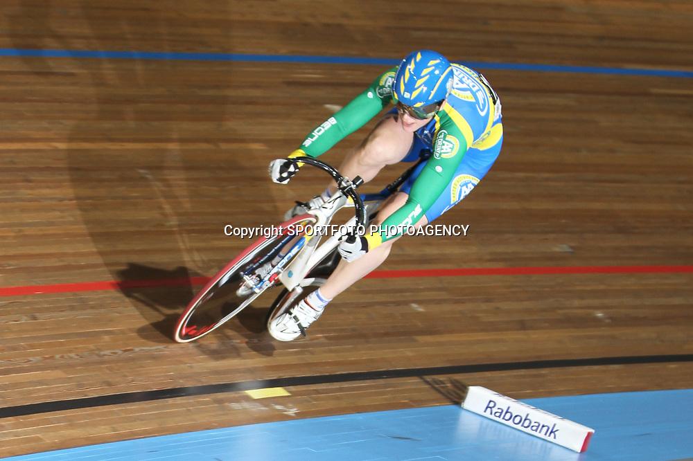 Willy Kanis rijdt de 2e tijd kwalificatie sprint