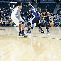 01 February 2016: Memphis Grizzlies guard Mike Conley (11) drives past Denver Nuggets guard Jameer Nelson (1) on a screen set by Memphis Grizzlies forward JaMychal Green (0) during the Memphis Grizzlies 119-99 victory over the Denver Nuggets, at the Pepsi Center, Denver, Colorado, USA.