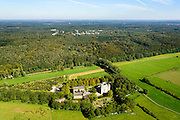 Nederland, Gelderland, Gemeente Renkum, 30-09-2015; Kasteel Doorwerth  waterburcht in de uiterwaarden van de Nederrijn.<br /> Doorwerth castle near Arnhem.<br /> <br /> luchtfoto (toeslag op standard tarieven);<br /> aerial photo (additional fee required);<br /> copyright foto/photo Siebe Swart