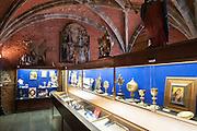 Schatzkammer der Stiftskirche St. Waltrudis, Mons, Hennegau, Wallonie, Belgien, Europa | treasury of abbey church Saint Waltrude, Mons, Hennegau, Wallonie, Belgium, Europe