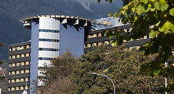 THEMENBILD - tirol kliniken, das Gebäude Chirurgie-Gebäude des A.ö. Landeskrankenhaus LKH - Universitätskliniken Innsbruck , aufgenommen am 20.10.2015 in Innsbruck, Österreich // the surgery building of the tyrolean hospital group tirol kliniken in Innsbruck, Austria on 2015/10/20. EXPA Pictures © 2015, PhotoCredit: EXPA/ Jakob Gruber
