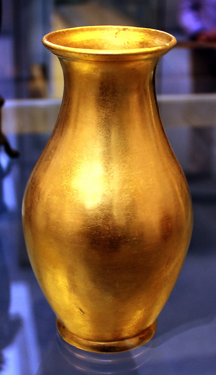 Gold vase inscribed in Latin on the base with its weight. Roman, about 25 BC-AD 50 Found in the sea near Cnidus, western Asia Minor