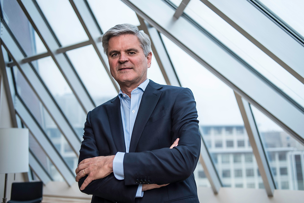 WASHINGTON, DC -- 5/30/17 -- Steve Case, is the Chair and CEO of Revolution LLC, which funds companies and entrepreneurs in communities outside of Silicon Valley. He is also the co-founder of America Online and is a billionaire.…by André Chung #_AC20346