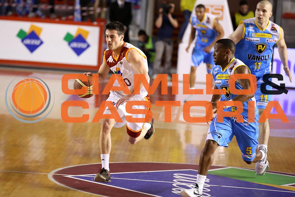 DESCRIZIONE : Roma Lega A 2012-13 Acea Roma Vanoli Cremona<br /> GIOCATORE : Lorenzo D'Ercole<br /> CATEGORIA : palleggio<br /> SQUADRA : Acea Roma<br /> EVENTO : Campionato Lega A 2012-2013 <br /> GARA : Acea Roma Vanoli Cremona<br /> DATA : 03/03/2013<br /> SPORT : Pallacanestro <br /> AUTORE : Agenzia Ciamillo-Castoria/ElioCastoria<br /> Galleria : Lega Basket A 2012-2013  <br /> Fotonotizia : Roma Lega A 2012-13 Acea Roma Vanoli Cremona<br /> Predefinita :