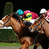 Zip Lock and George Baker winning the 5.30 race