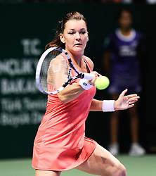 27.10.2012, Sinan Erdem Dome, Istanbul, TUR, WTA, TEB BNP Paribas, im Bild Poland's Agnieszka Radwanska returns the ball to Serena Williams of the US during WTA, TEB BNP Paribas Championships at the Sinan Erdem Dome, Istanbul, Turkey on 2012/10/27. EXPA Pictures © 2012, PhotoCredit: EXPA/ Seskimphoto/ Spfc/ ****** ATTENTION - for AUT, ESP, ITA, SWE, SLO, ..NOR, FIN, SRB, NED and USA ONLY! *****