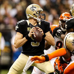 Nov 16, 2014; New Orleans, LA, USA; New Orleans Saints quarterback Drew Brees (9) against the Cincinnati Bengals during the first quarter of a game at the Mercedes-Benz Superdome. Mandatory Credit: Derick E. Hingle-USA TODAY Sports