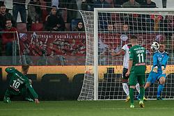 26-10-2016 NED: KNVB beker FC Utrecht, - Fc Groningen, Utrecht<br /> FC Utrecht heeft zich geplaatst voor de achtste finales van de KNVB-beker. De verliezend finalist van vorig seizoen rekende in stadion Galgenwaard af met FC Groningen, bekerwinnaar in 2015 / Robbin Ruiter #1