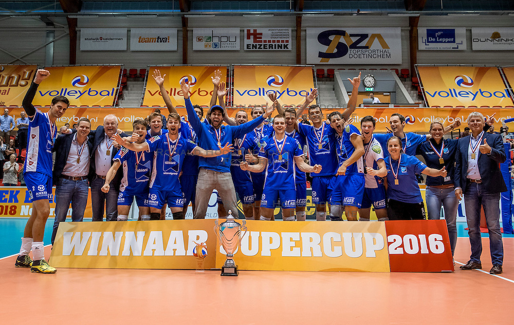 02-10-2016 NED: Supercup Abiant Lycurgus - Coniche Topvolleybal Zwolle, Doetinchem<br /> Lycurgus wint de Supercup door Zwolle met 3-0 te verslaan / Lycurgus winnaar supercup 2016