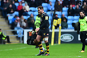 Wasps fly-half Danny Cipriani  leaves the field injured during the Aviva Premiership match between Wasps and Exeter Chiefs at the Ricoh Arena, Coventry, England on 18 February 2018. Picture by Dennis Goodwin.