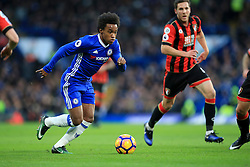 Willian of Chelsea puts Bournemouth defence under pressure - Mandatory by-line: Jason Brown/JMP - 26/12/2016 - FOOTBALL - Stamford Bridge - London, England - Chelsea v Bournemouth - Premier League