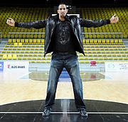 DESCRIZIONE : Championnat de France Pro a Strasbourg Studio<br /> GIOCATORE : Alexis Ajinca<br /> SQUADRA : Strasbourg<br /> EVENTO : Magazine Pro A<br /> GARA : <br /> DATA : 15/01/2012<br /> CATEGORIA : Basketball France Homme  Magazine Strasbourg Studio<br /> AUTORE : JF Molliere<br /> Galleria : France Basket 2011-2012 Magazine<br /> Fotonotizia : Championnat de France Pro a Strasbourg Studio<br /> Predefinita :