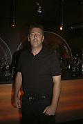 Matthew Le Tissier, Drinks at OQO, Islington Green  after  screening of ' Once In a Lifetime-Thje extraordinary Story of the New York Cosmos at the Screen On the Green, Islington. London. 15 May 2006. ONE TIME USE ONLY - DO NOT ARCHIVE  © Copyright Photograph by Dafydd Jones 66 Stockwell Park Rd. London SW9 0DA Tel 020 7733 0108 www.dafjones.com