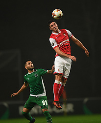 BRAGA, Oct. 20, 2017  Nikola Vukcevic(R) of Braga vies with Wanderson of Ludogorets during the Europa League soccer match between SC Braga and PFC Ludogorets 1945 at the Braga Municipal Stadium in Braga, Portugal, on Oct. 19, 2017. (Credit Image: © Zhang Liyun/Xinhua via ZUMA Wire)