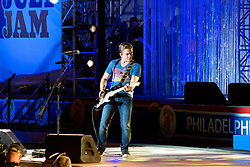 Ben Taylor, Jill Scott, Grace Potter, Hunter Hayes (pictured here), John Mayer, J.Cole and Ne-yo take the stage for the Philly 4th of July concert with Questlove and the Roots. (Bas Slabbers/for NewsWorks)