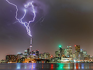 http://Duncan.co/cn-tower-lightning-03/