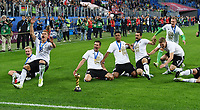 FUSSBALL FIFA Confed Cup 2017 FINALE IN ST. PETERSBURG Chile - Deutschland                       02.07.2017 JUBEL Deutschland; Joshua KIMMICH, Julian BRANDT, Leon GORETZKA, Benjamin HENRICHS, Amin YOUNES, Matthias GINTER und Torwart Bernd Leno (v.li.)