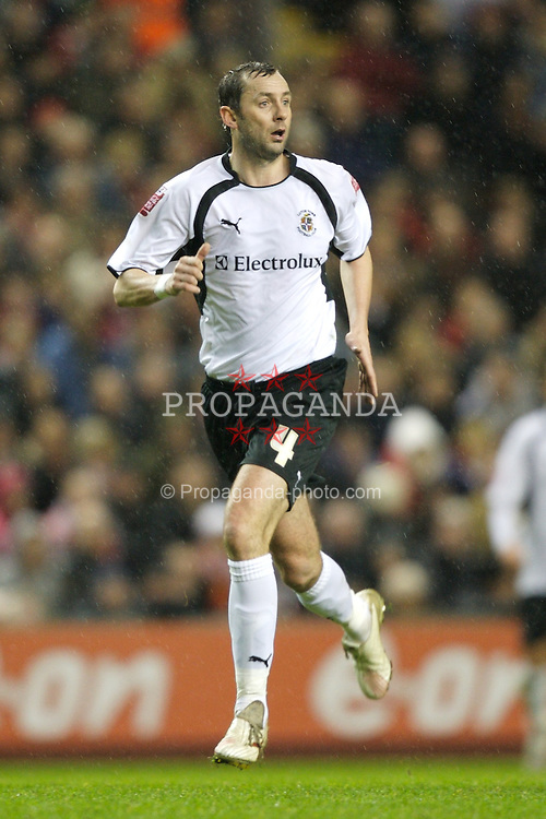 LIVERPOOL, ENGLAND - Tuesday, January 15, 2008: Luton Town's Don Hutchison during the FA Cup 3rd Round Replay at Anfield. (Photo by David Rawcliffe/Propaganda)