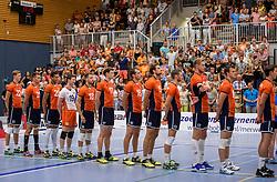 28-08-2016 NED: Nederland - Slowakije, Nieuwegein<br /> Het Nederlands team heeft de oefencampagne tegen Slowakije met een derde overwinning op rij afgesloten. In een uitverkocht Sportcomplex Merwestein won Nederland met 3-0 van Slowakije / Line up Nederland